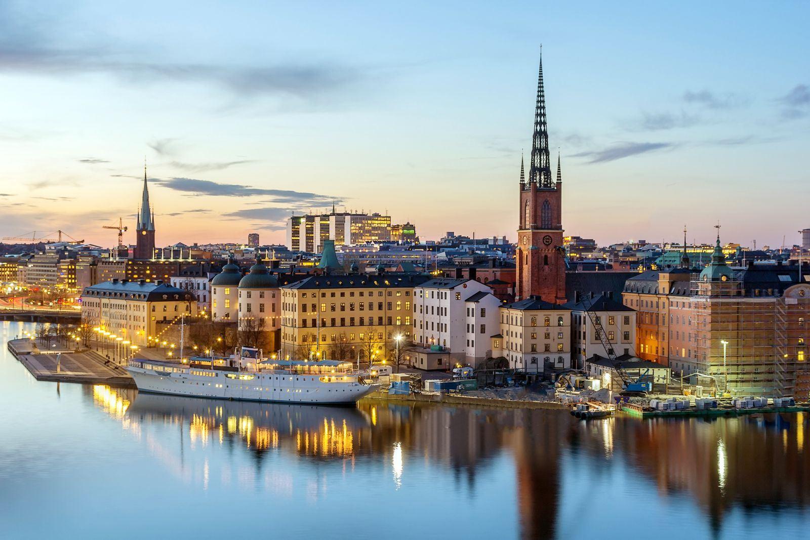 verklig tik bröst i Stockholm