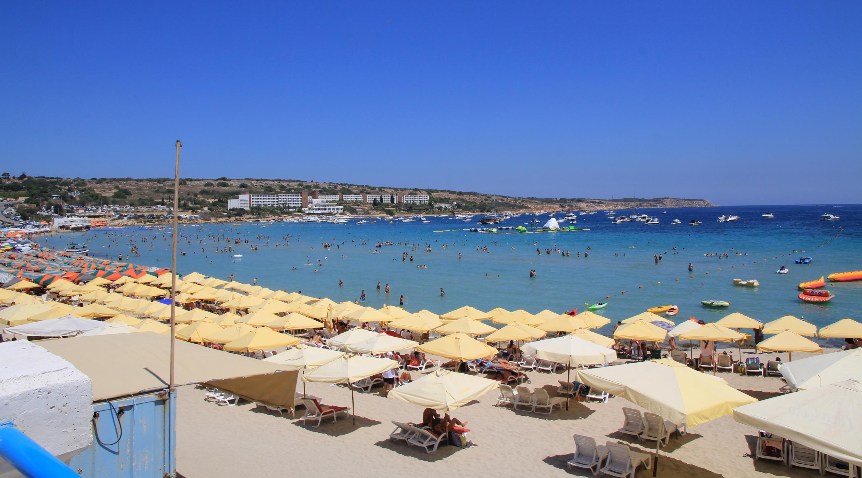 Mellieha_Bay_beach_Malta_1